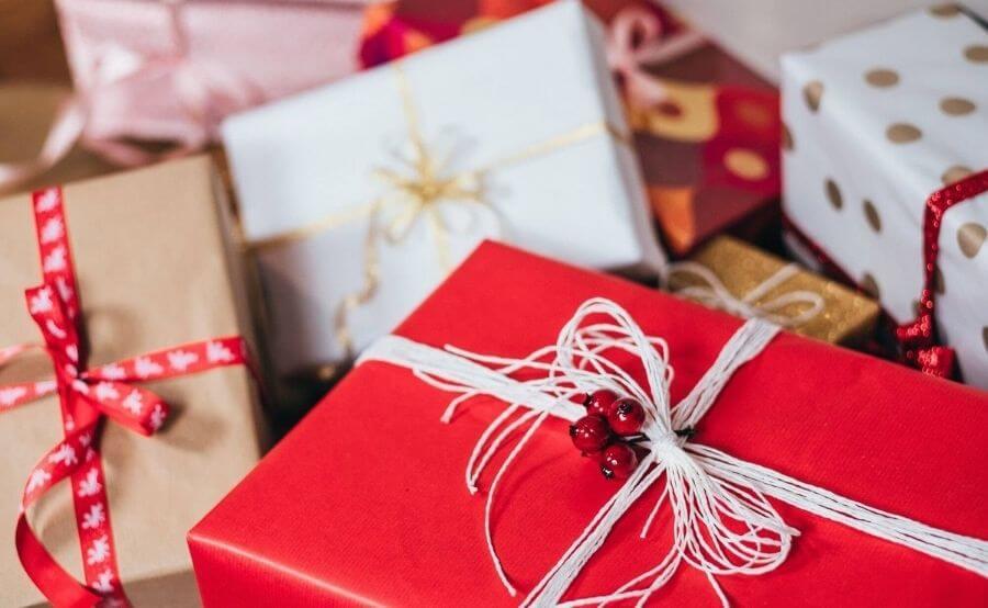 راهنمای خرید هدیه برای دختر خانم ها