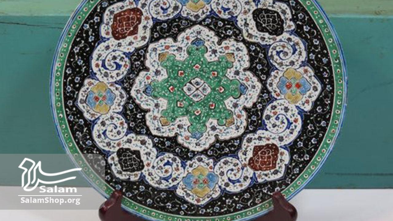 صنایع دستی لوکس بیشتر جنبهی تزئینی و دکوری دارند.