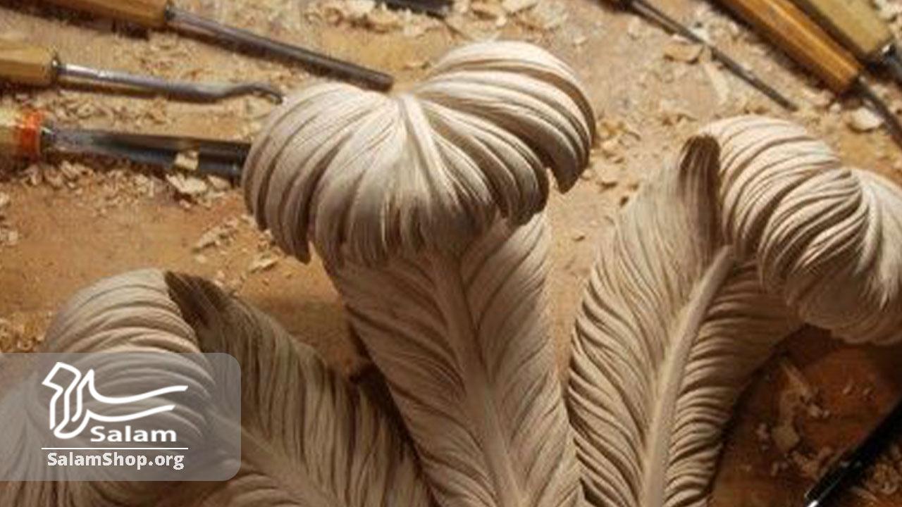 کنده کاری روی چوب در صنایع دستی شمال